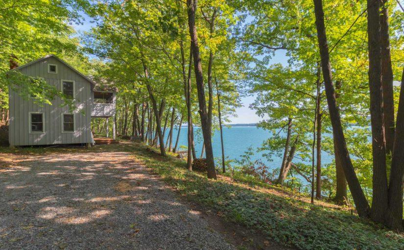 House overlooking Canandaigua Lake